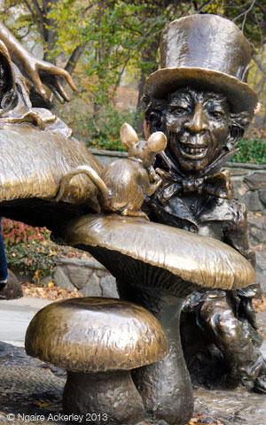 Mad Hatter in Alcie in Wonderland statue