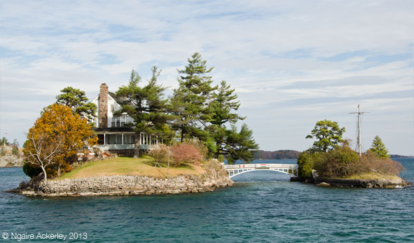 House and Bridge in Thousand Islands