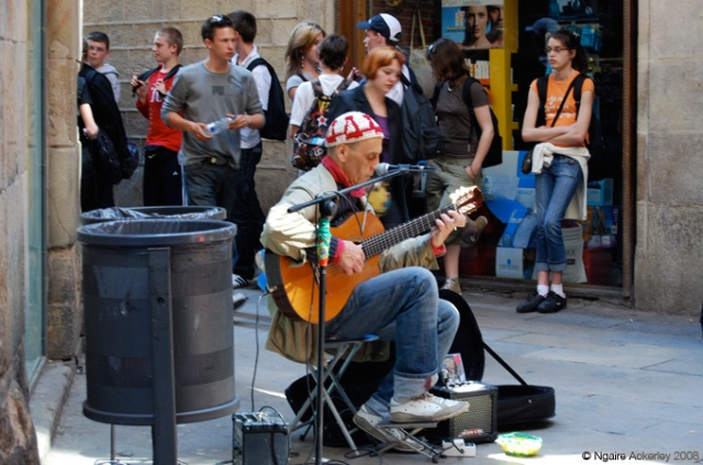 Musician in the streets of Barcelona, Spain