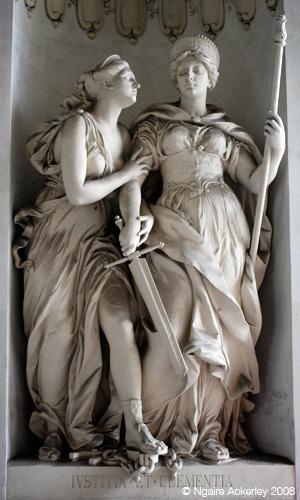Statues in Vienna (Wein), Austria