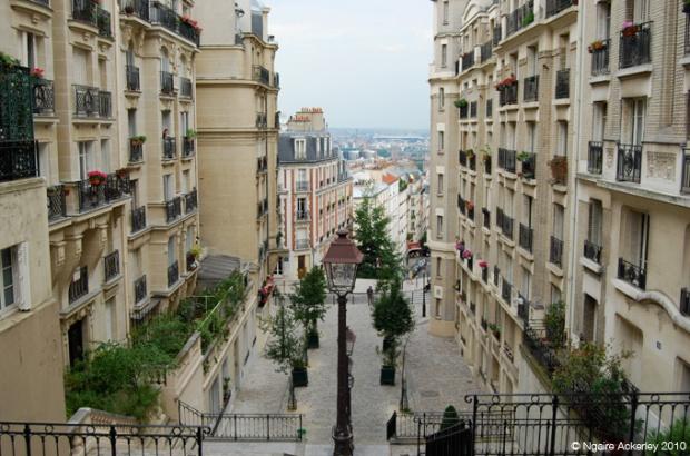 Quaint streets of Montmartre, Paris