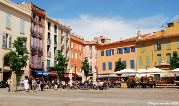 Colourful town square in Perpignan