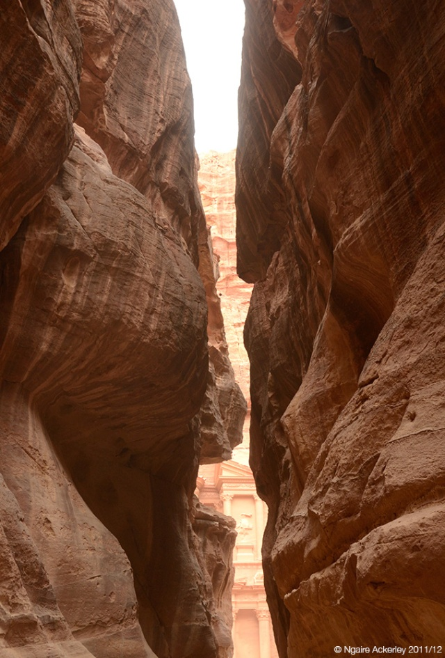 canyon-leadin-to-the-treasury-petra-jordan-copyright-ngaire-ackerley-2011-12