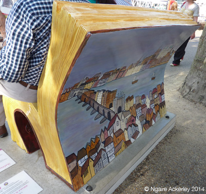 Shakespeare Bookbench. Created by Lucy Dalzell
