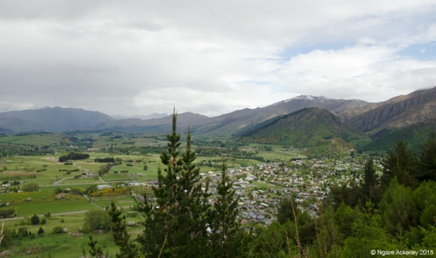View over Arrowtown from Tobin's Track