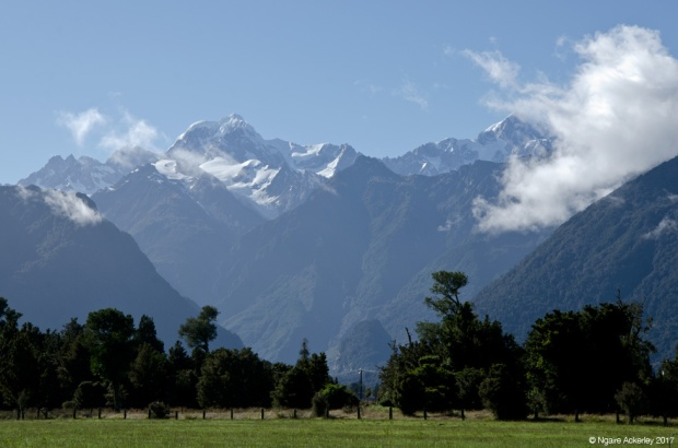 Aoraki Mount Cook, view from Lake Matheson