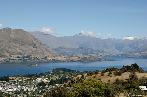 View of Lake Wanaka walking up Mount Iron